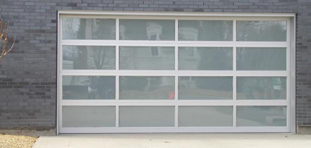 Tlsp polycarbonate dia home mediniai pvc langai for Opaque garage door